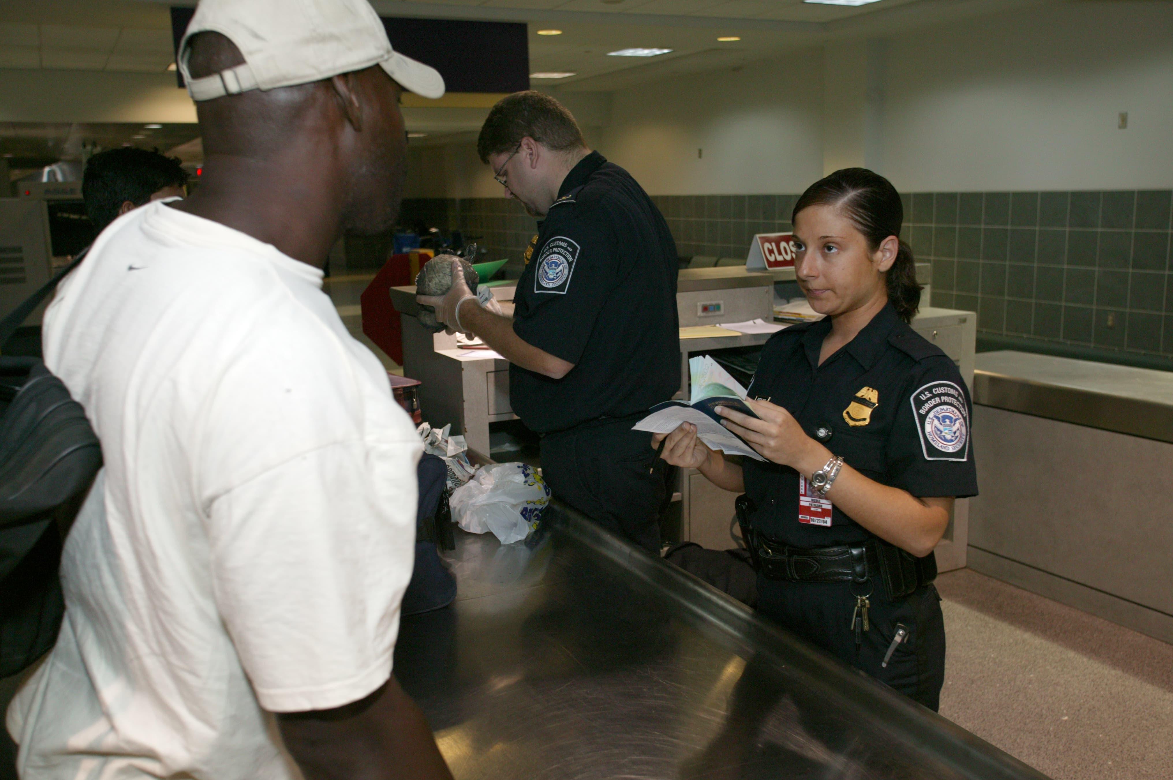 Prepare your arrival in the United States | Esta Formulaire